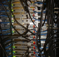 1385-serverfarm.jpg